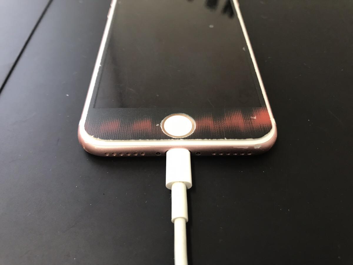 充電ができないiPhone7