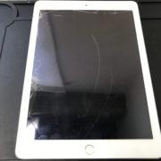 修理前のiPad第5世代