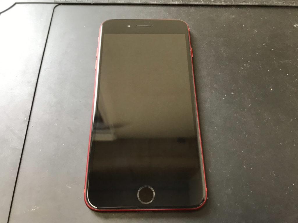 修理後のiPhone8Plus
