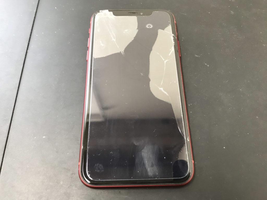 修理前のiPhoneXR