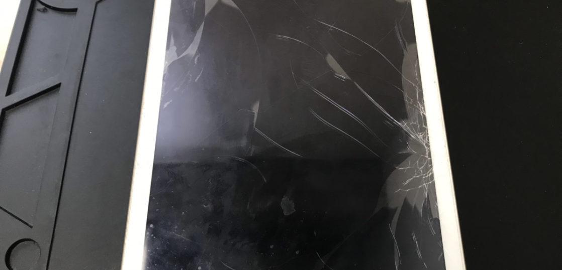 修理前のiPad Pro10.5インチ