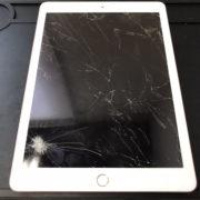 画面修理前のiPad第6世代