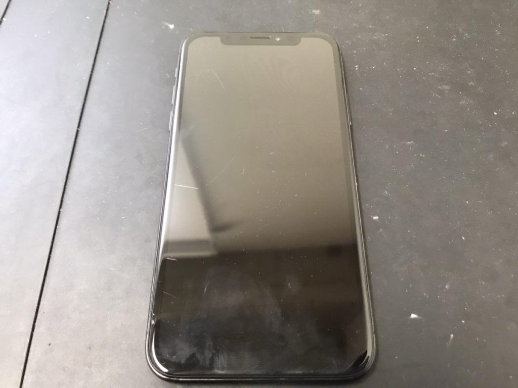 画面交換前のiPhoneX