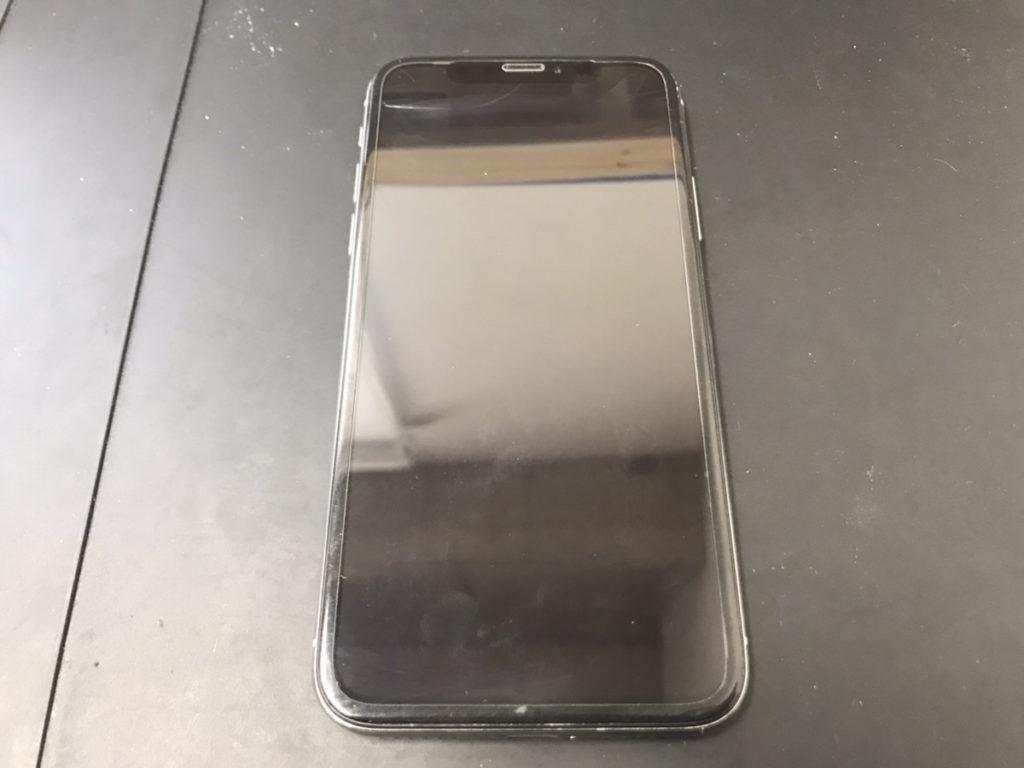 液晶が映らなくなったiPhoneX