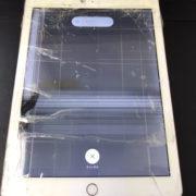修理前のiPad第6世代