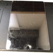 画面修理前のiPad Pro10.5